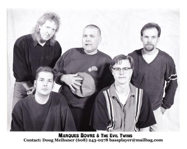 2000 press promo (photo by Bob Rashid)